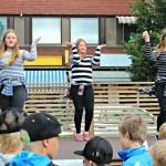 6A luokan tanssiesitys: Ruutupaidat